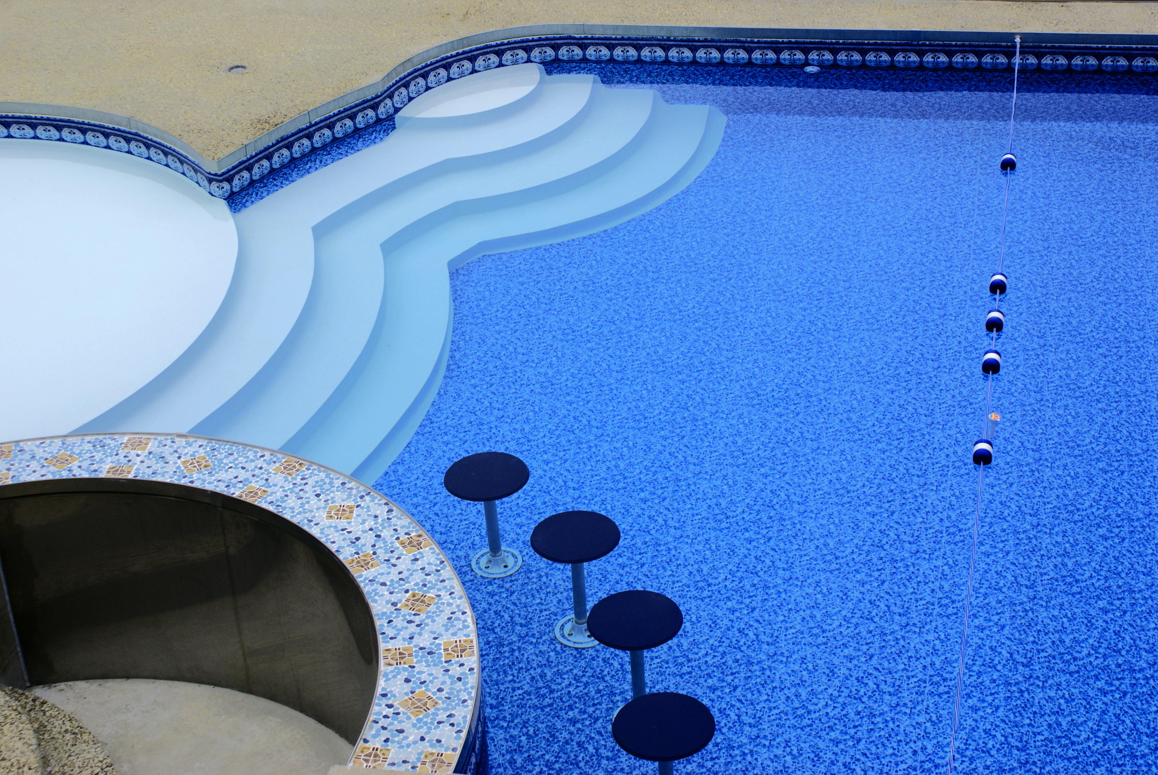 Swim Smith | Pool Bars